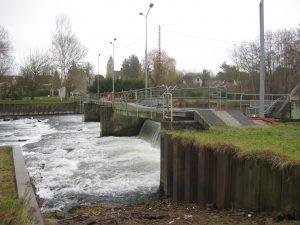 Passerelle du barrage de Fromonville avant remise en état